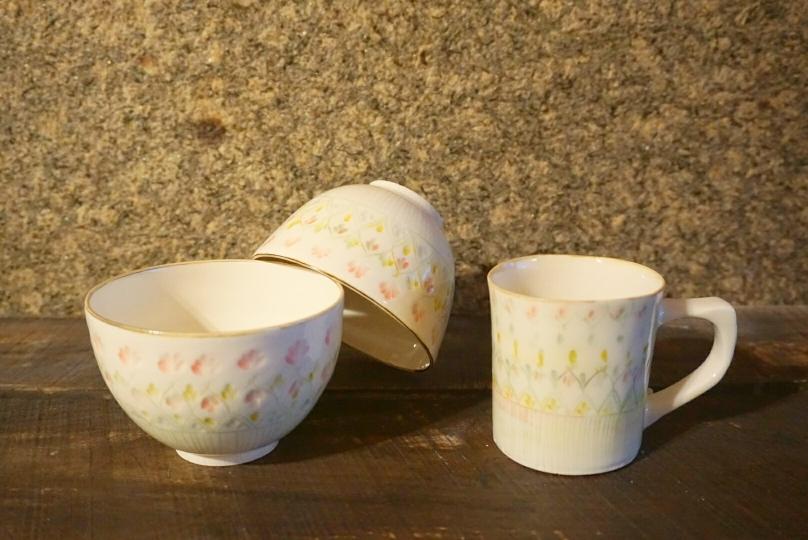 合わせて納品のお茶碗とマグカップです