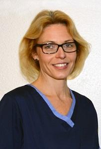 Frau Anja Bleker: Zahnmedizinische Prophylaxeassistentin Tätigkeitsfeld: Prophylaxe und Stuhlassistenz