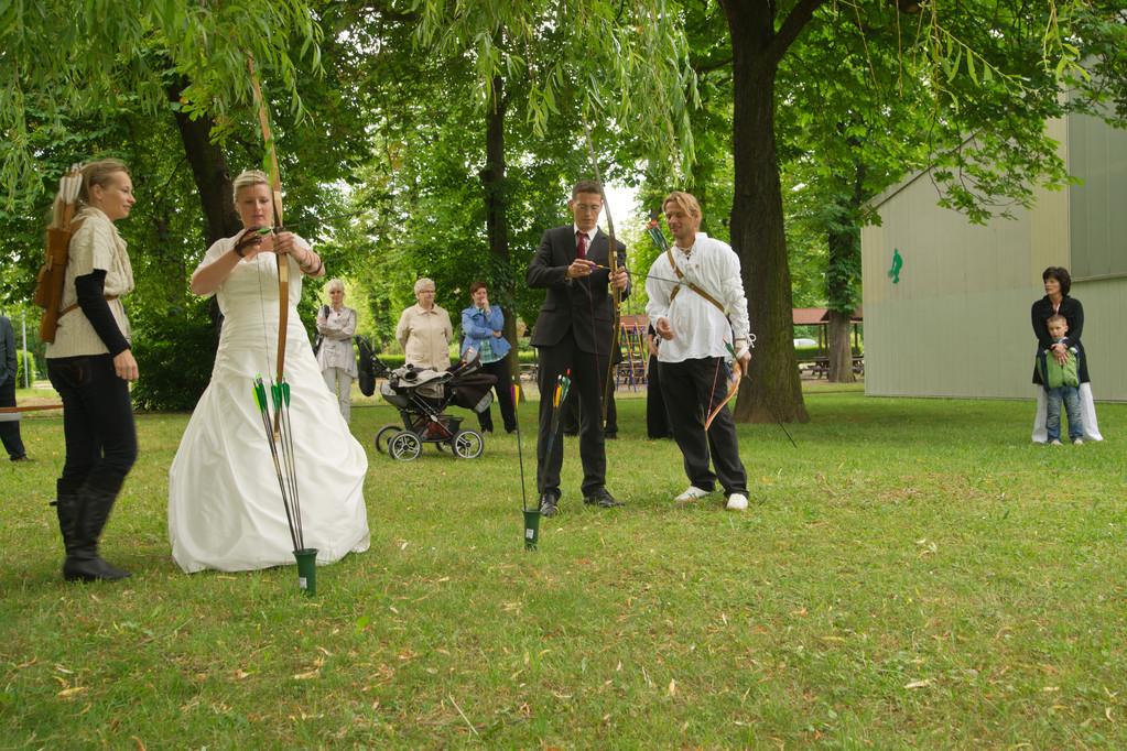 Unterhaltsame Stunden, nicht nur für das Brautpaar.