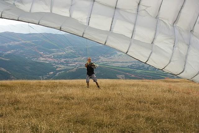 Startvorbereitung in Castelluccio, Umbrien, Italien