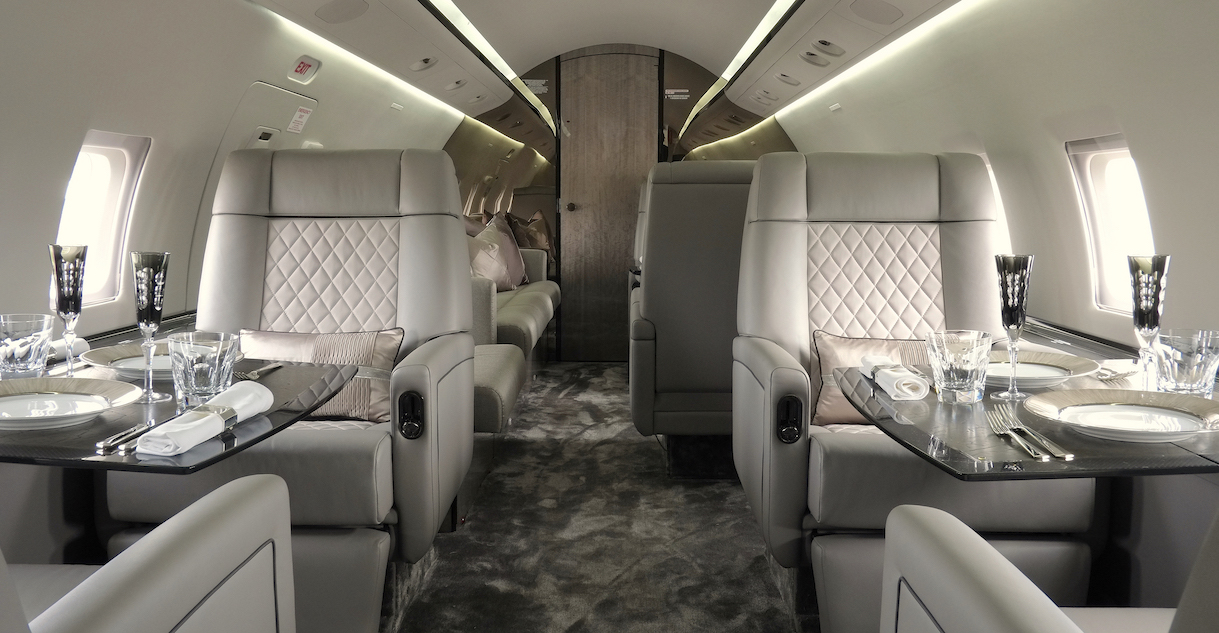 Bombardier CL604 Extended Cabin Interior