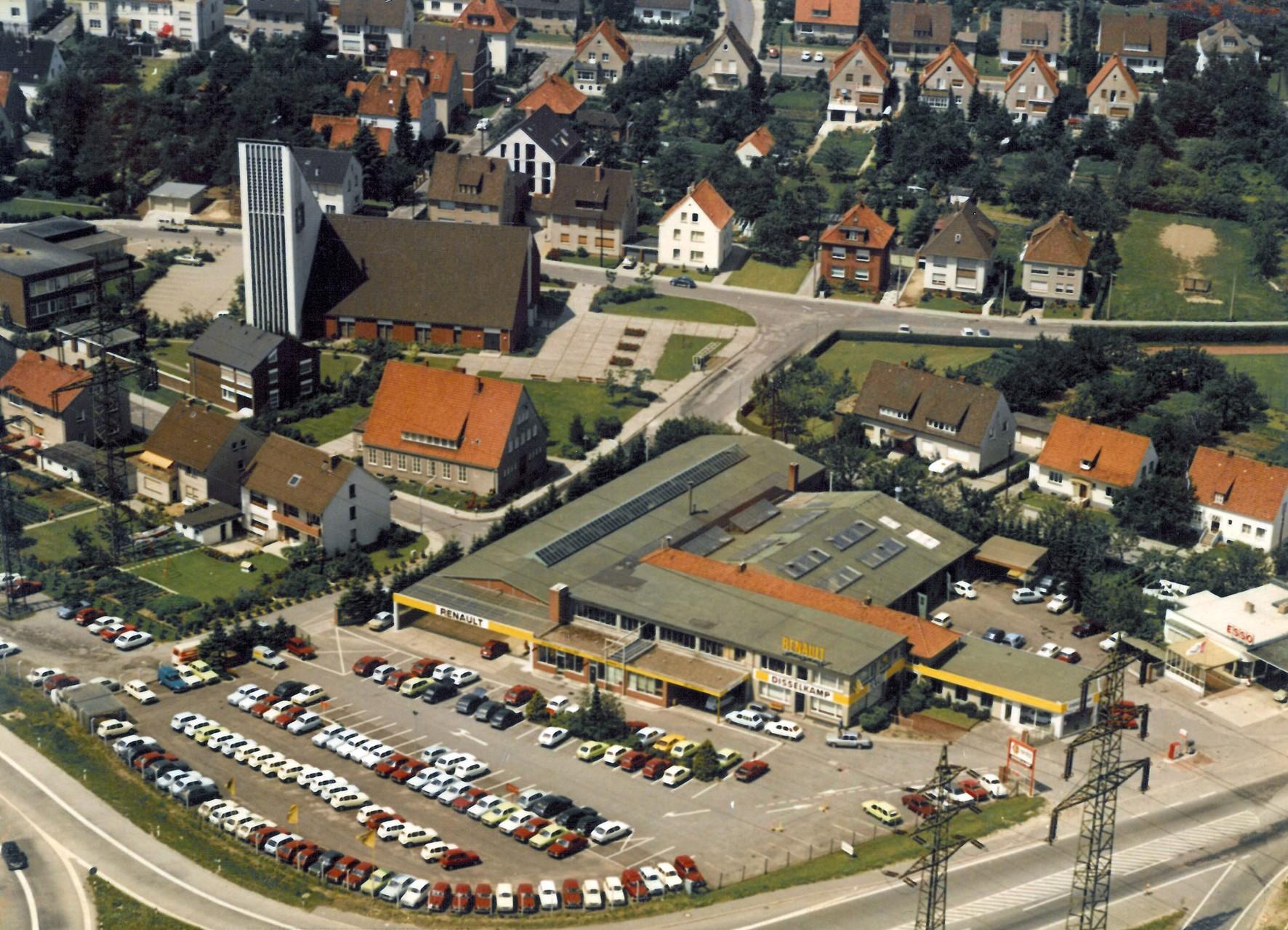 1968-1970 Blick auf die Angarkirche + Dieselkamp Autohaus
