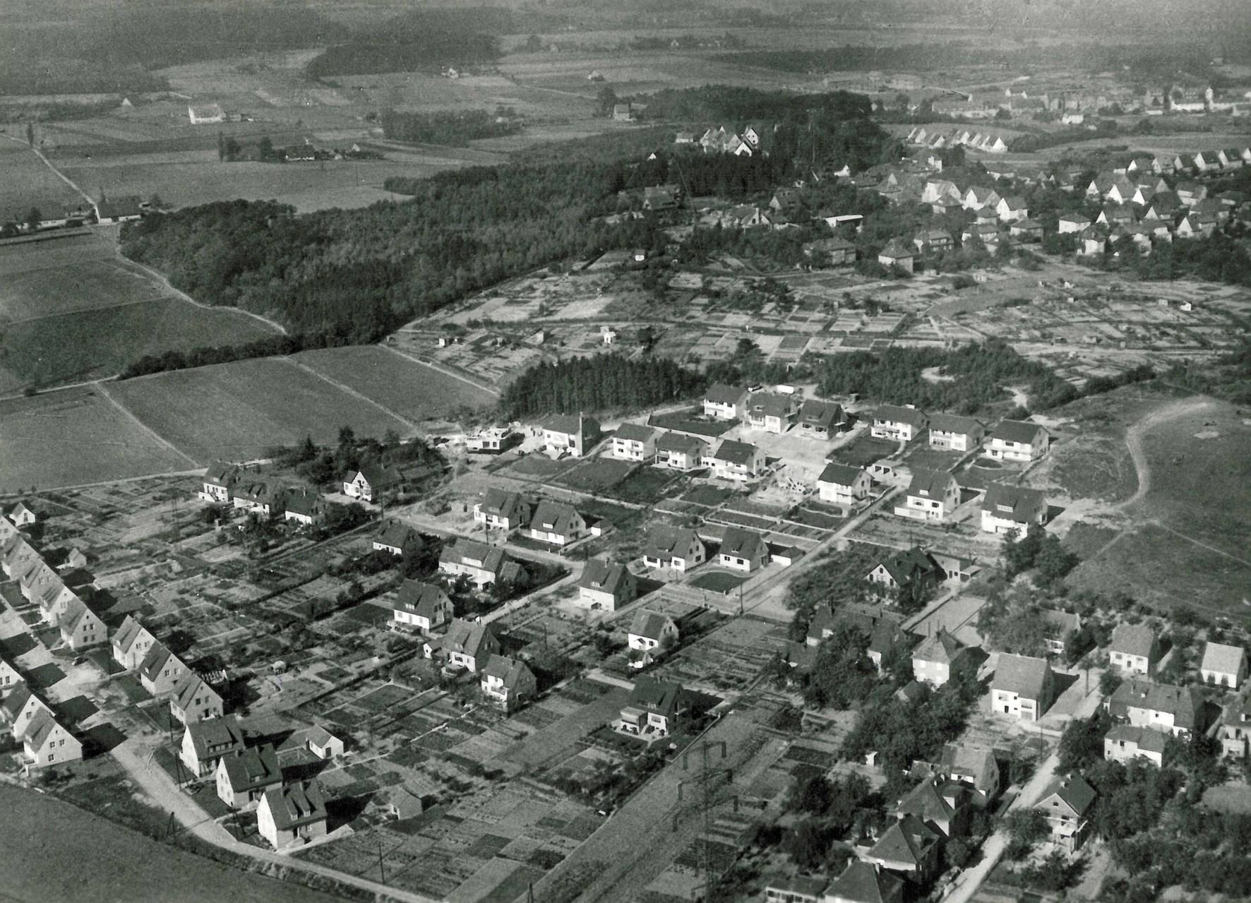 1958/59 Altes Wiesental im Vordergrund, Paradiesweg und Höhenweg im Bau