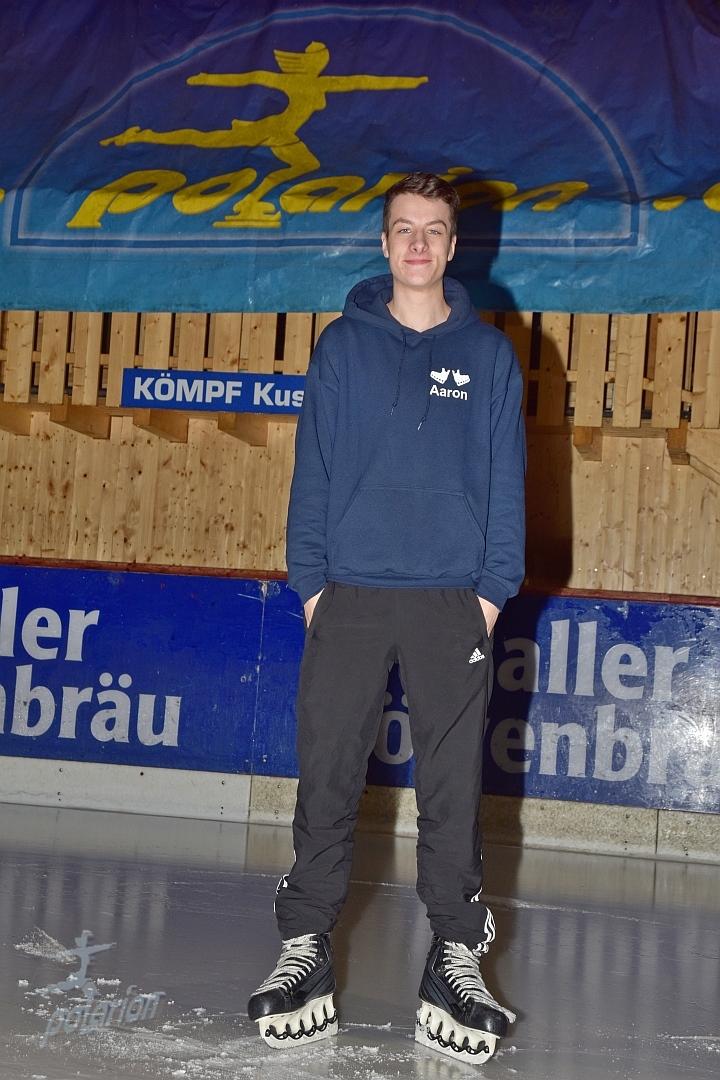 Aaron Mauch - 19 Jahre - Freestyler seit 14/15 - Instagram: Mz riderofficial