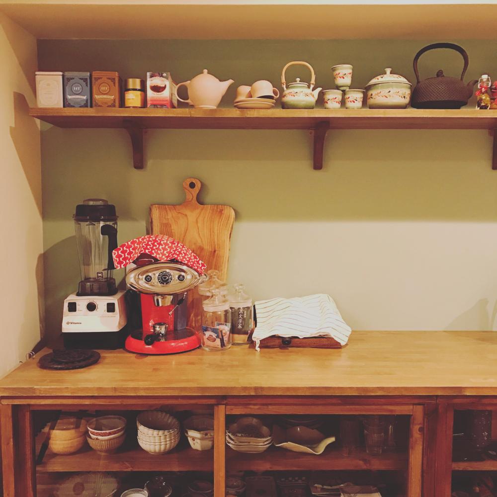 お茶会では美味しいお茶とお菓子をお出しします♡