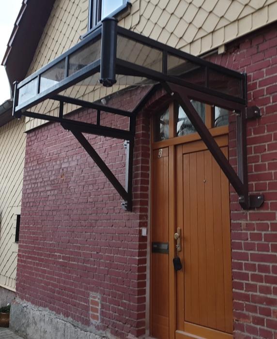 Vordach Unterkonstruktion durch Bauherrn gestrichen