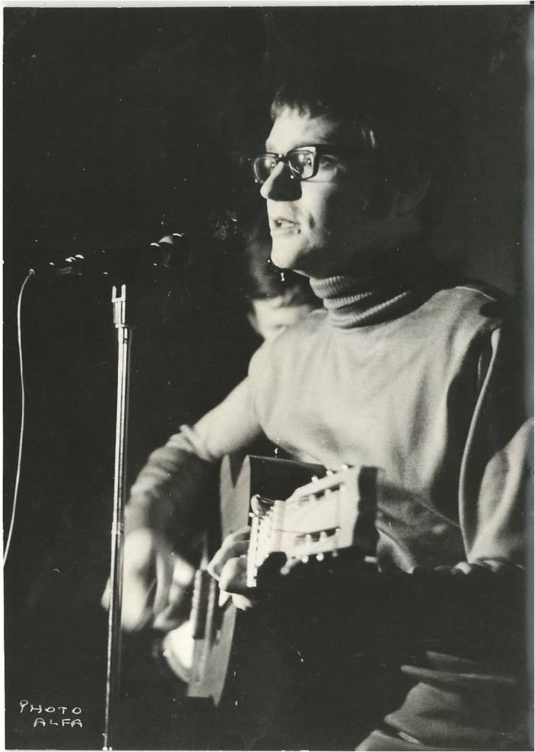 Jean-Marie Quiesse  - Cabaret Le Virgule - 1967 - Photo Alfa
