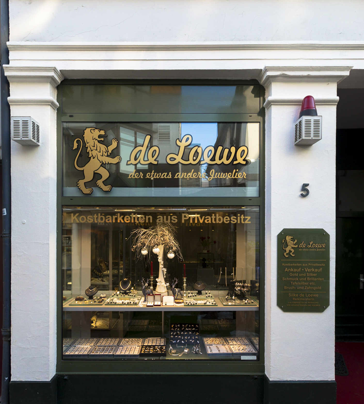 """de Loewe """"der etwas andere Juwelier"""""""