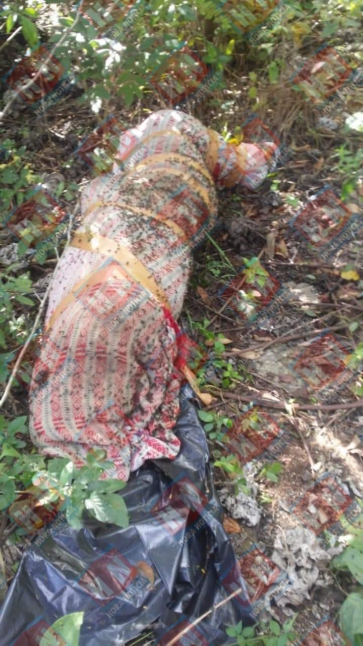 El cuerpo fue hallado envuelto en una sábana.