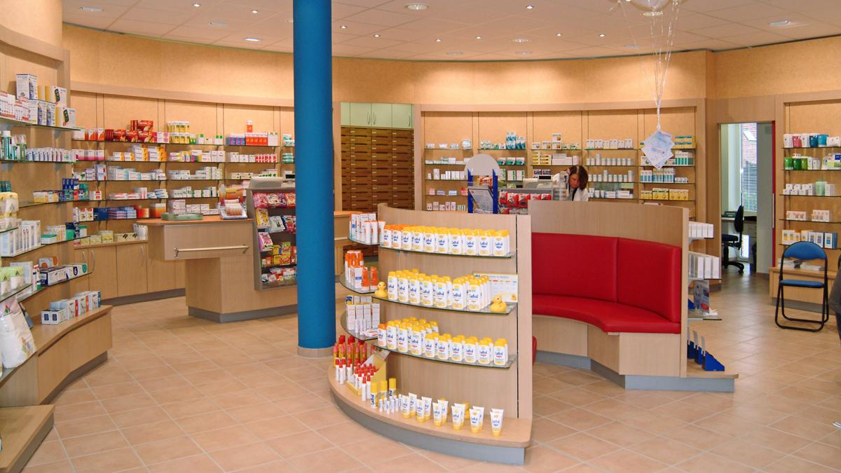 Cronen Apotheke Coesfeld  Einblick in den Verkaufsraum