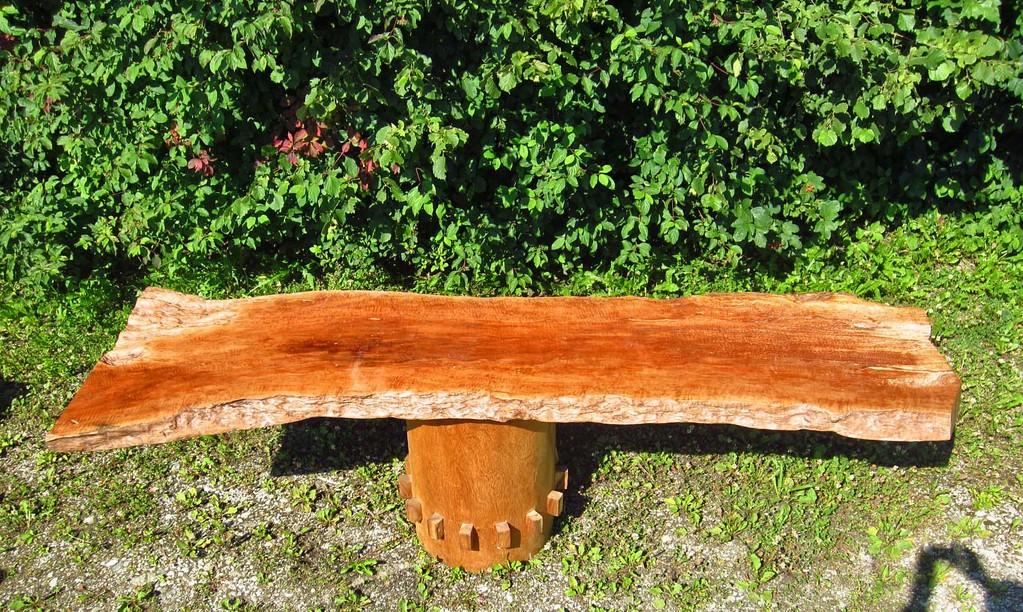 Tischplatten aus Naturholz