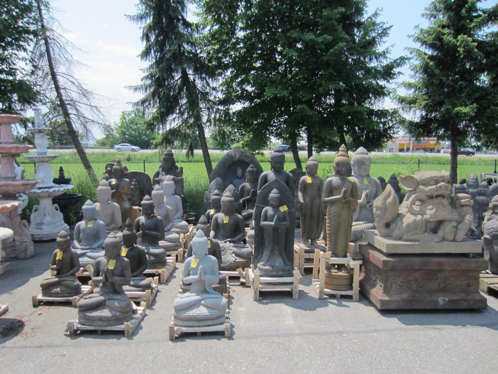 Buddhas von klein bis groß