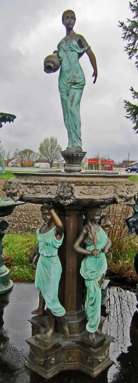 Frauenbrunnen für den Garten