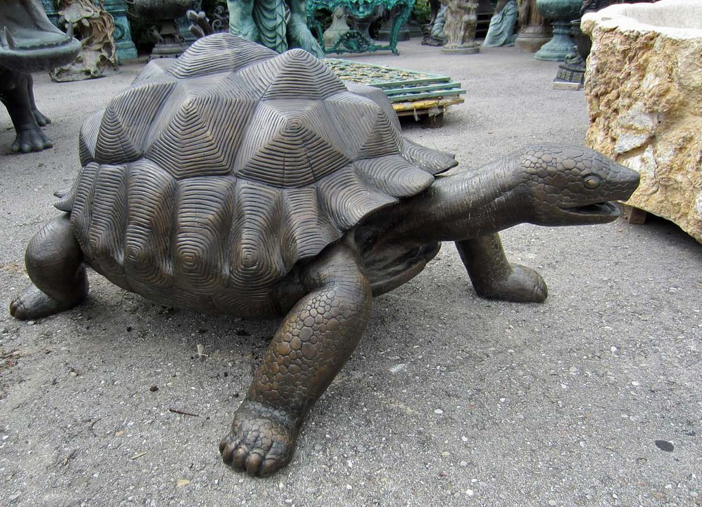 Riesenschildkröten Figur Garten