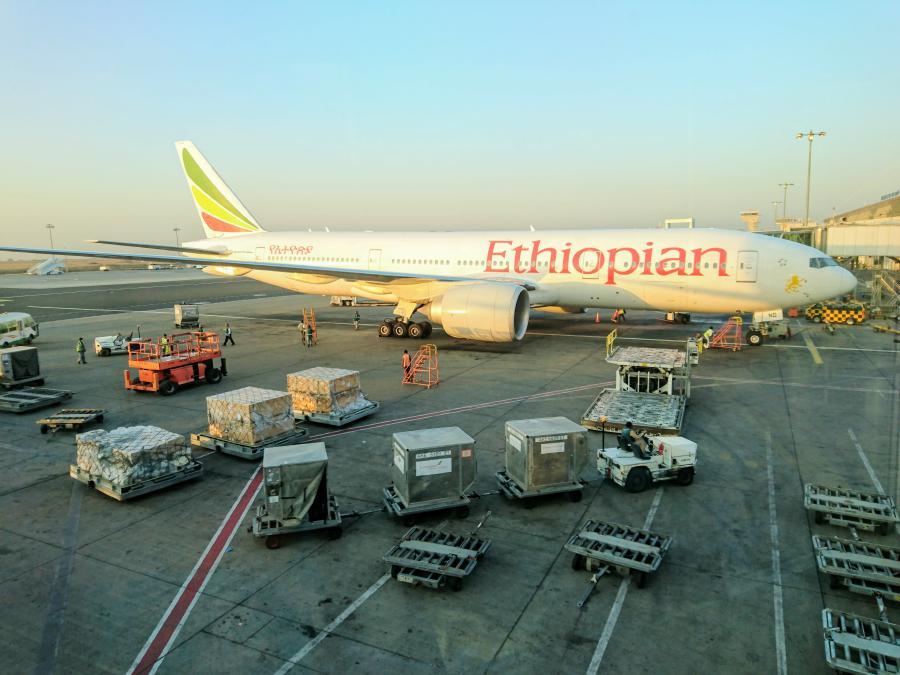 Ethiopian Airlines, Dreamliner, Flughafen, Flugzeug