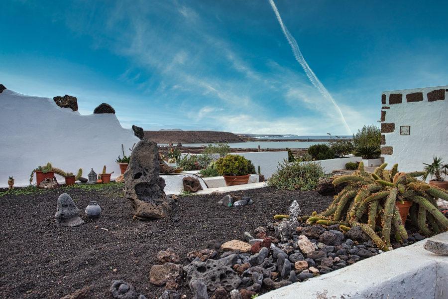 Weiße Häuser auf Lanzarote