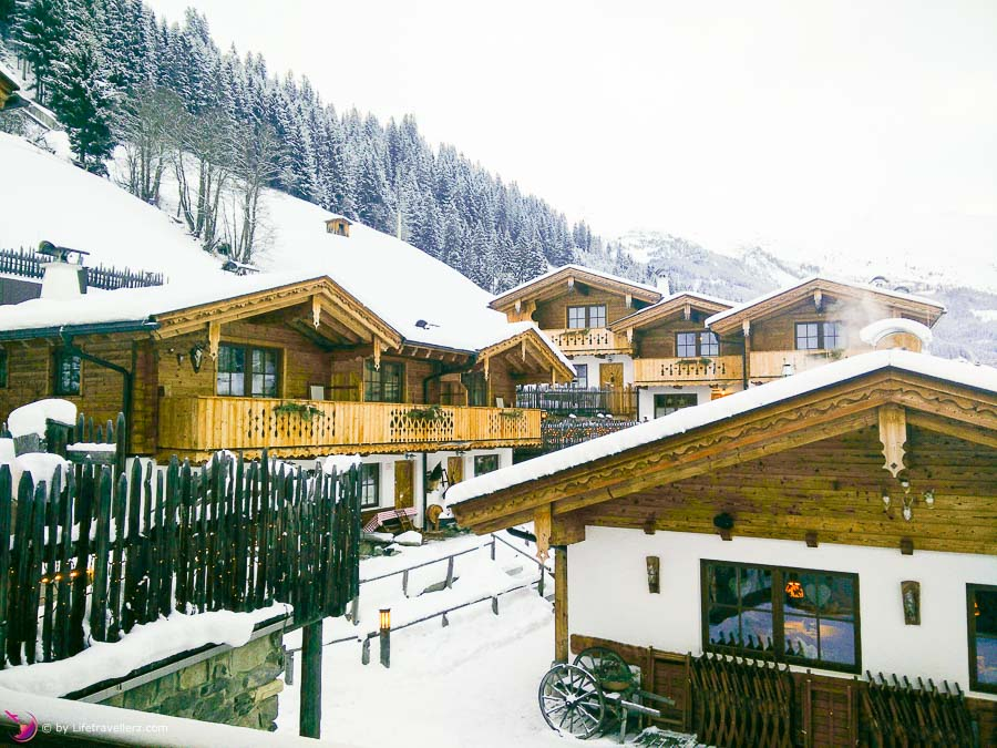 Chaletdorf Anno dazumal in Tux im Zillertal by Lifetravellerz