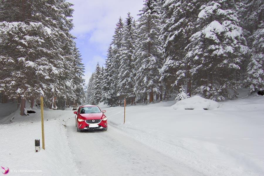 Mazda CX-3 Allrad in Tux im Zillertal by Lifetravellerz