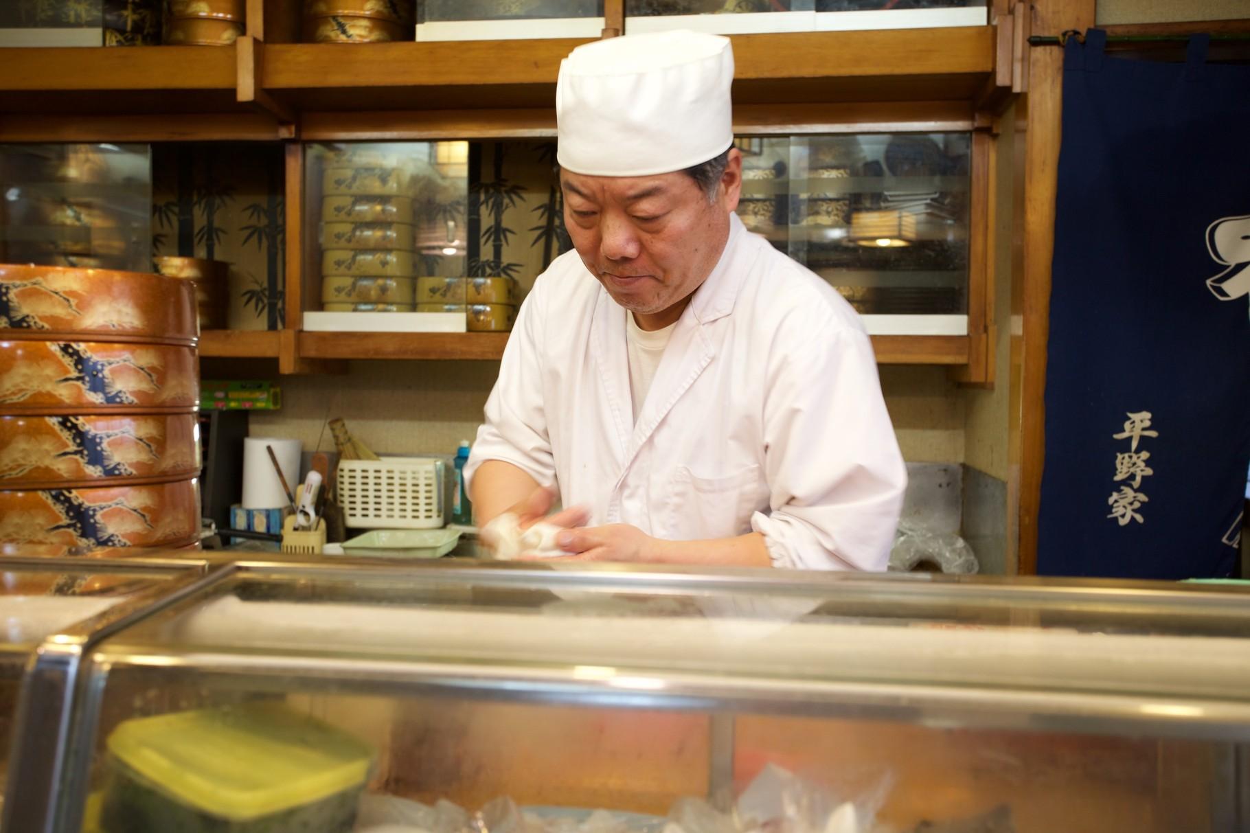 ランチは贅沢に!平野家でお寿司