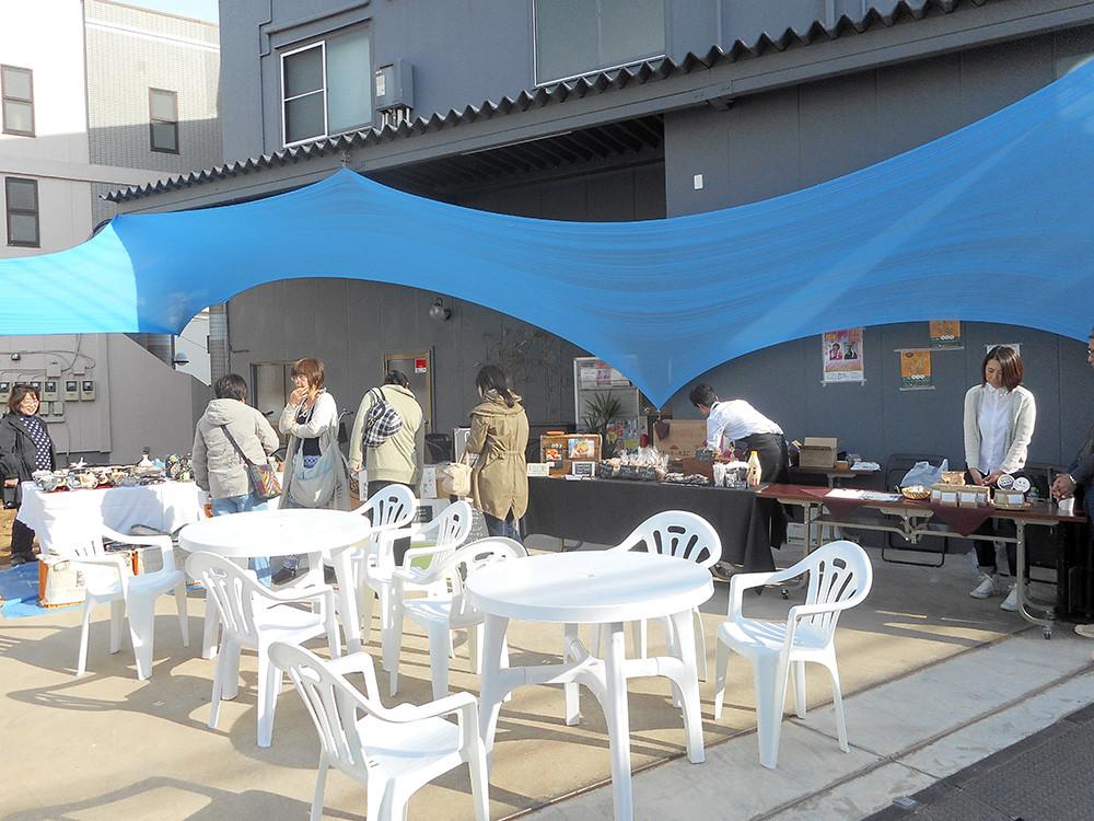 最初に、初出店の07cafeに来てみました!蔵の音さんの敷地内です