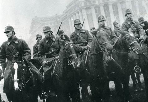конная милиция на параде в Ленинграде 1931г.