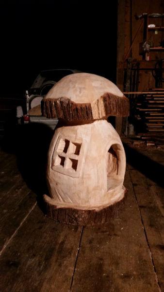 Pilz - Schnitzen mit der Kettensäge - Allgäu-Carving by Martina Gast
