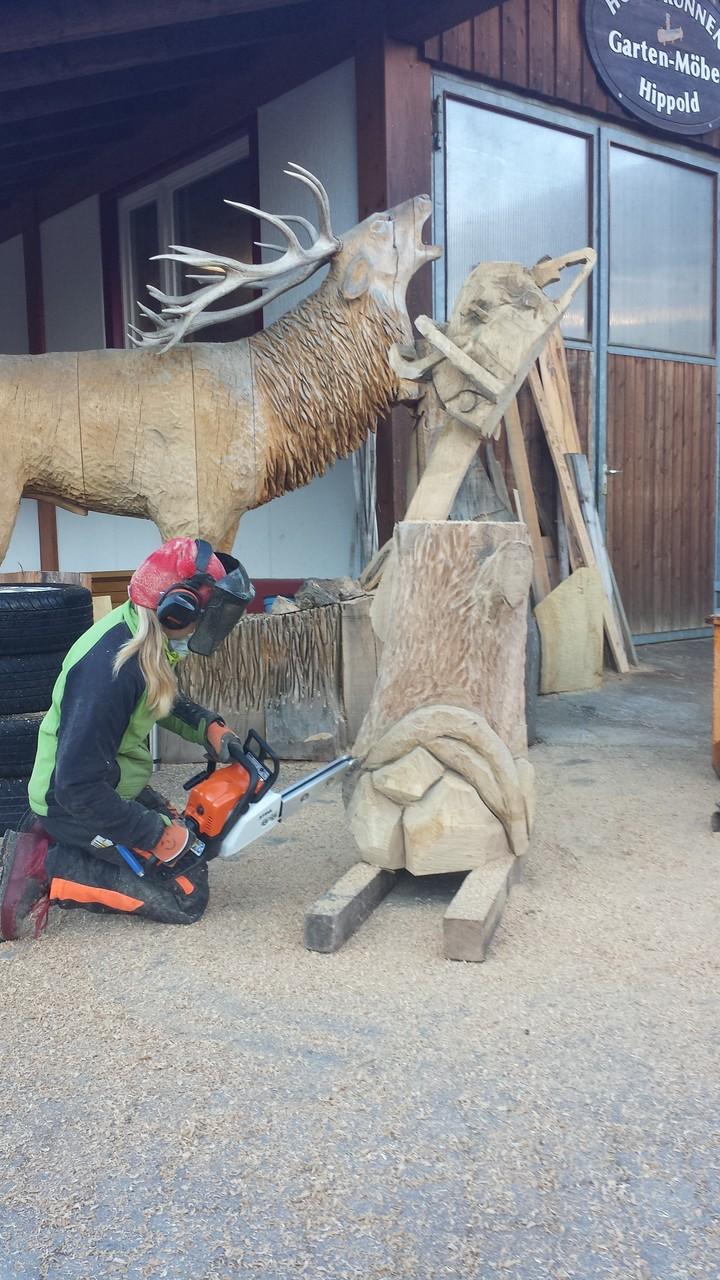 Technik - Schnitzen mit der Kettensäge - Allgäu-Carving by Martina Gast
