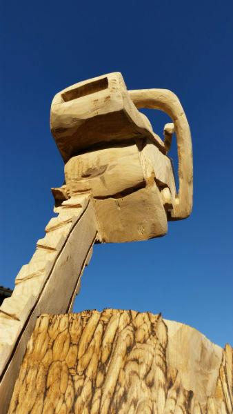 Figur Motorsäge - Schnitzen mit der Kettensäge - Allgäu-Carving by Martina Gast