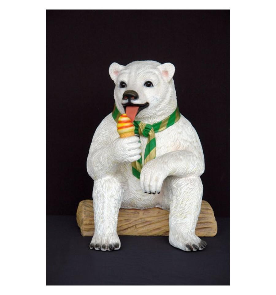 Réplica de oso polar con helado para una decoración temática de verano