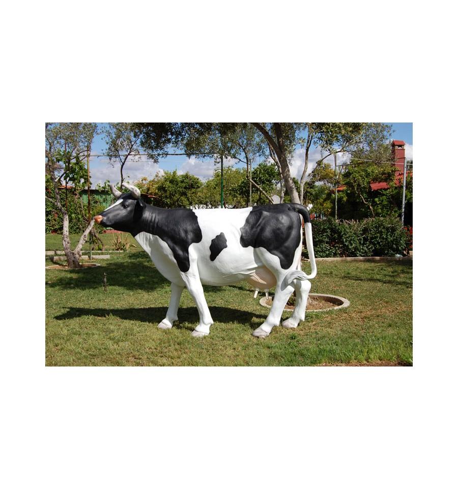 Las mejores réplicas de vacas para una decoración temática genial
