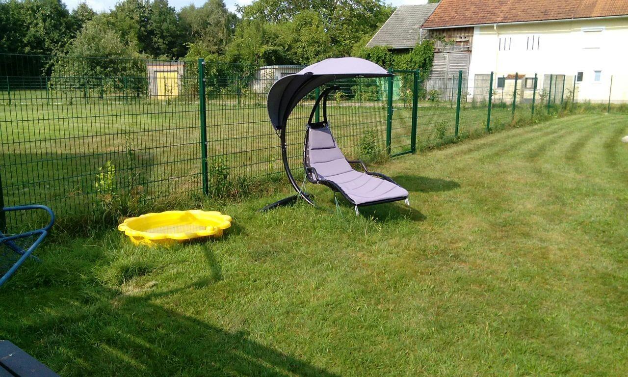 Relaxsessel im Gästegarten