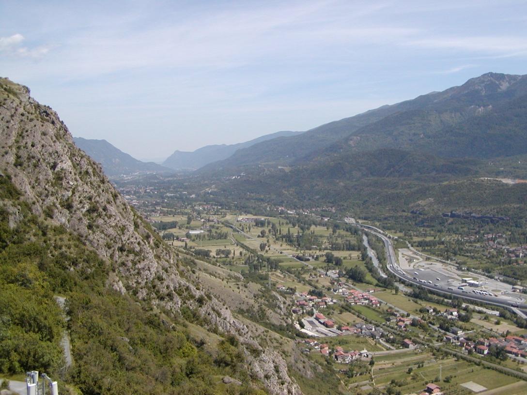 Foto panoramica cima torre: latoTorino