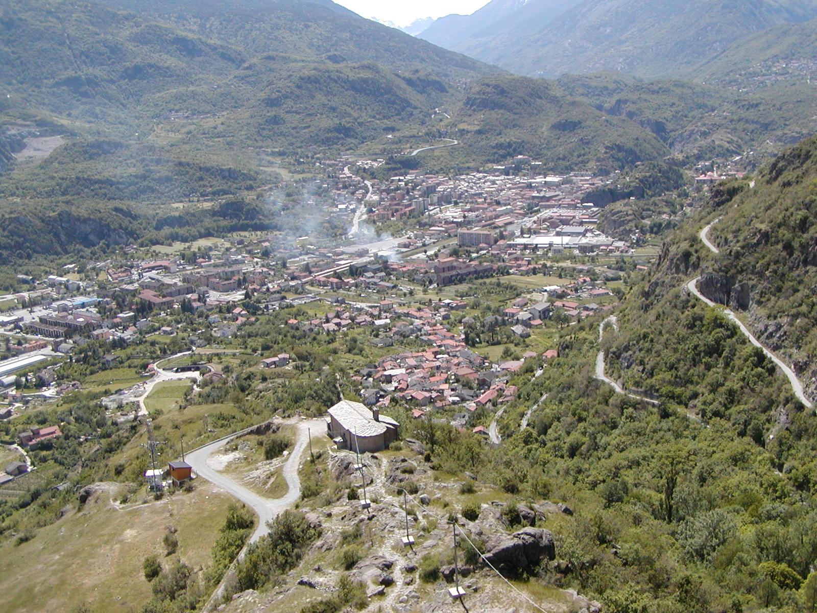 Foto panoramica cima torre: lato città di Susa