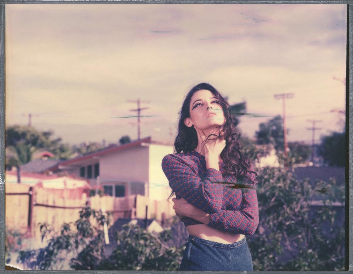 «Un portrait Polaroid 20x25 à la chambre» par Amandine Besacier
