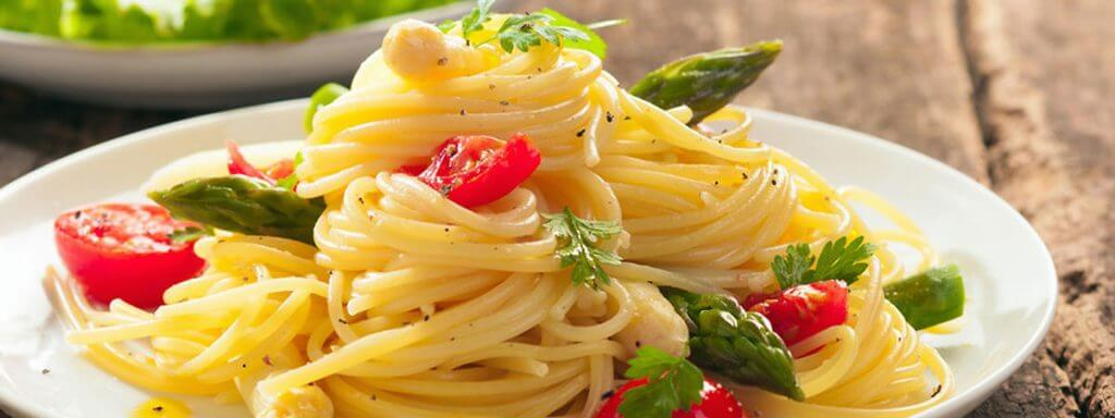 Spaghetti ohne Tomatensauce