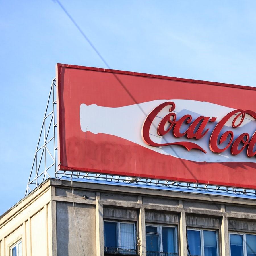 屋上広告塔撤去及び塗装工事