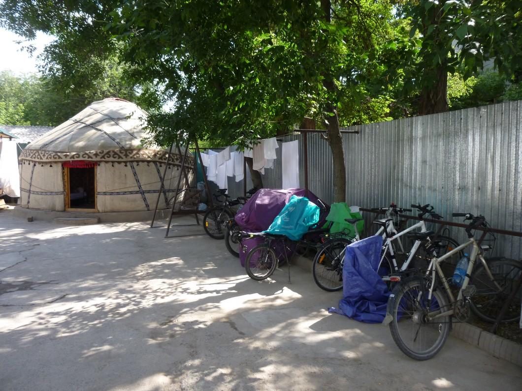 La friends guesthouse : rendez-vous des cyclos