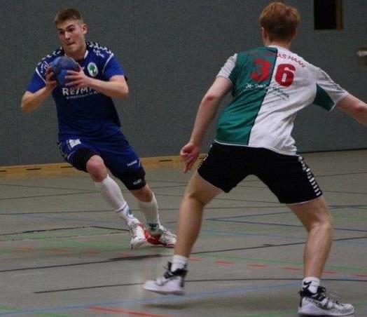 Im letzten Auswärtsspiel in Haan erfolgreich: Julius Landmann (links), Foto: Karla Mertes