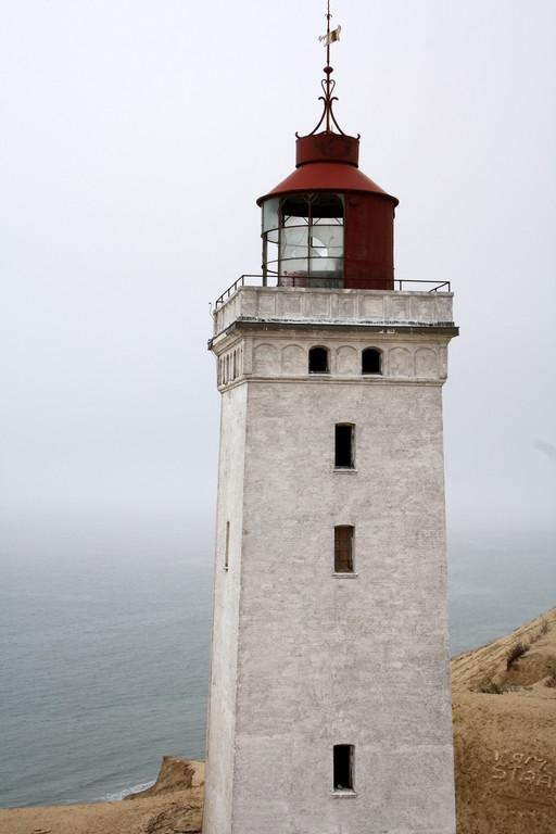 weißer Leuchtturm Nr. 8