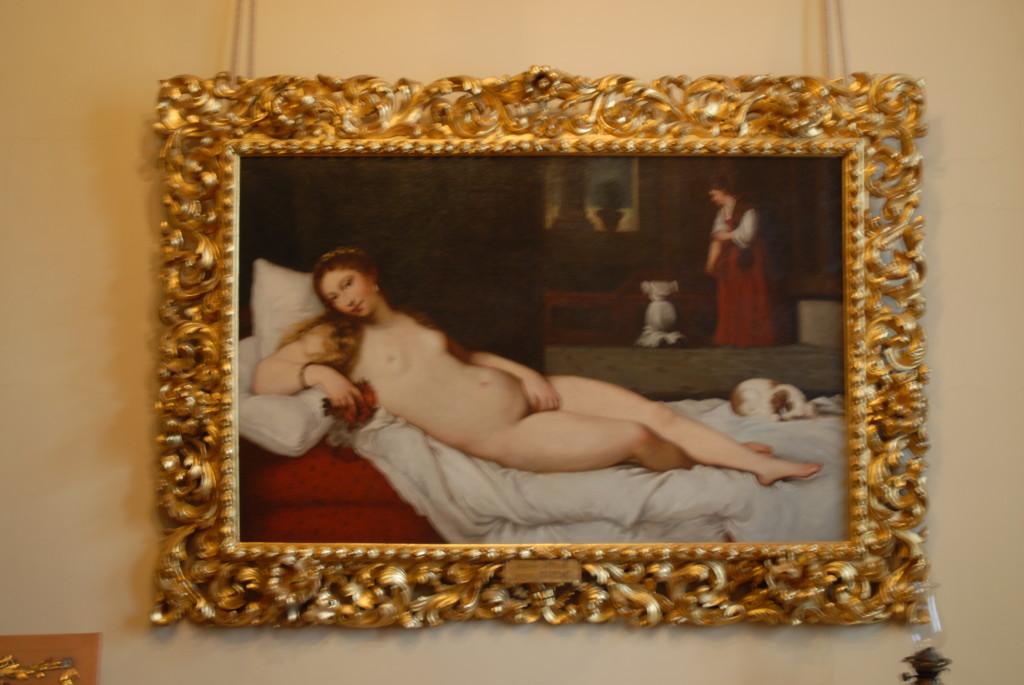 ci illustra ogni opera d'arte conservata nella Fondazione.