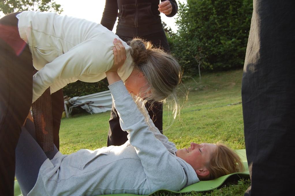Vorbereitung zum Schulterstand - Akrobatik