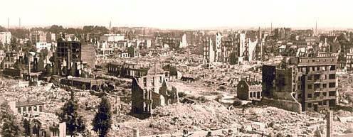 Hamburg-Eilbek 1943. Dort ist das Nielson-Werk 1920 gegründet worden.