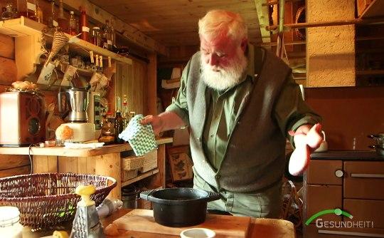 Der Kräuterwastl kocht - Filmausschnitt BR Mediathek