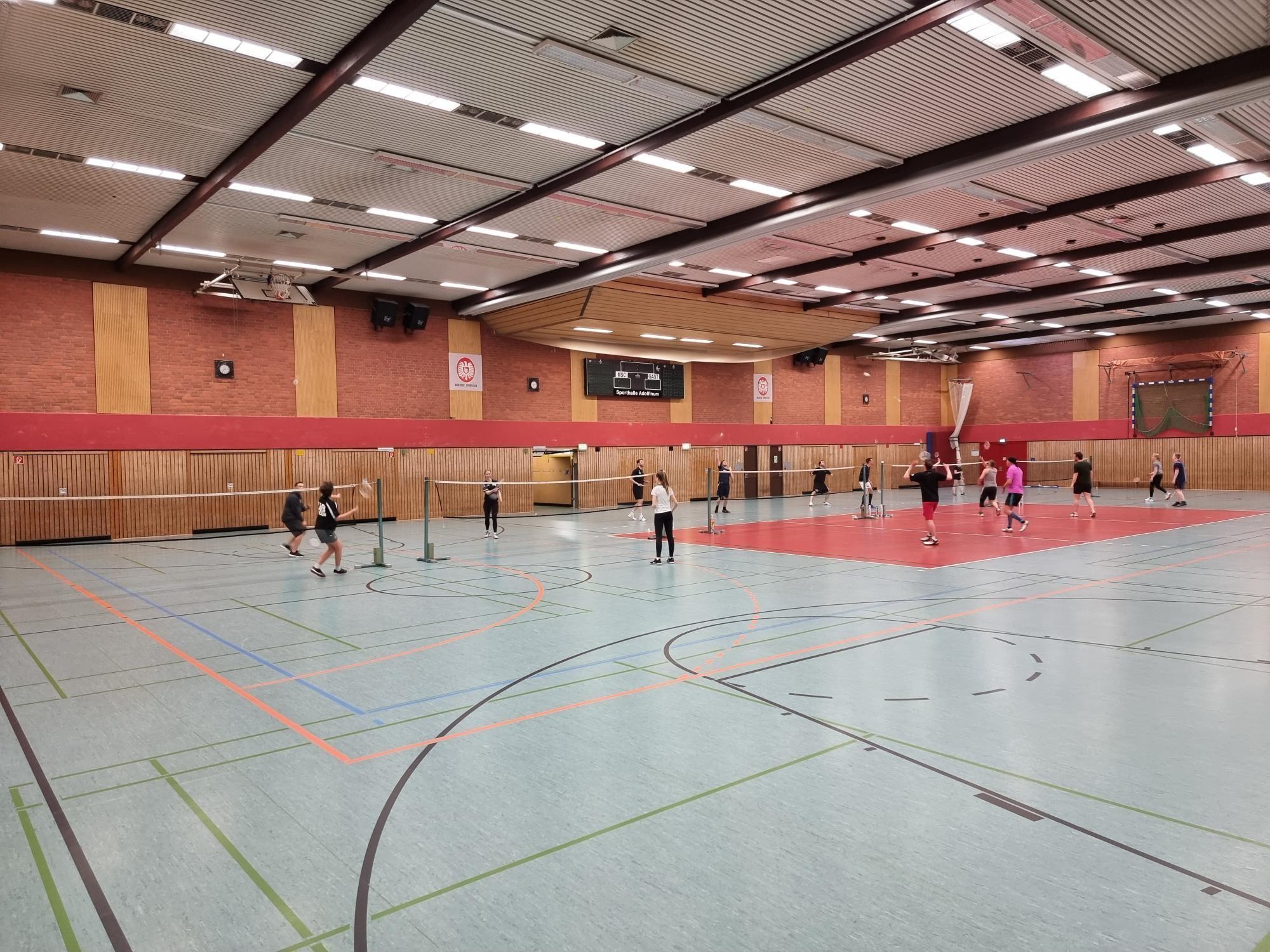 Badminton ist zurück in der Halle
