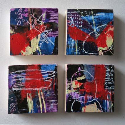 4 petits abstraits sur bois épicea de Filande (écofriedly), 9,5 x 9,5 x 2 cm, N° 49 à 52, 4 abstract acrylic paintings on  wood