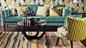 l'harmonie des couleurs en teintes pastels, turquoises et jaunes