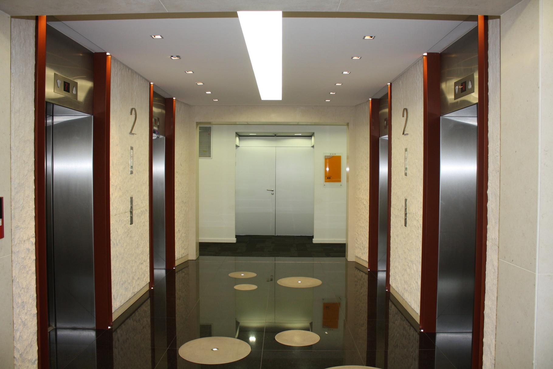 hall d'accueil d'une entreprise à la Défense-Paris