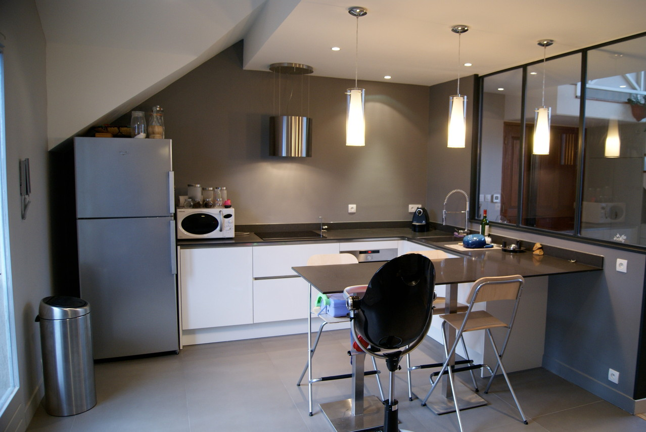 cuisine contemporaine façon atelier revisité réalisée dans les Hauts de Seine