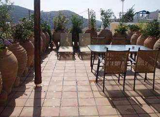 villa pool kamilari kreta
