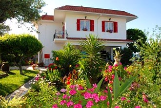zakynthos beach apartment alykes strand studio bruno